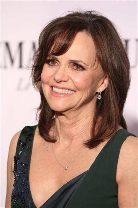 sally field hair and makeup photo coverage tony s red carpet special the best hair