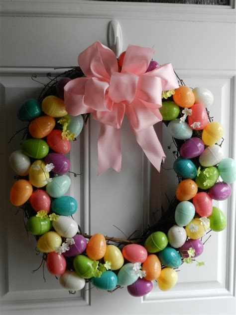 how to make an easter wreath with plastic eggs 1000 images about crafts on pin cushions
