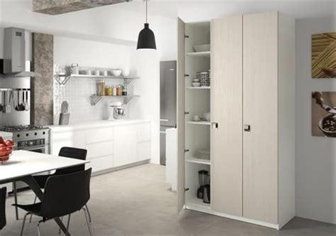armoire de rangement sur mesure armoire de cuisine sur mesure rangement design pratique