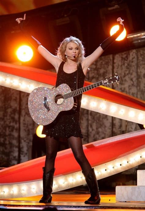 taylor swift country music live taylor swift performed quot our song quot at the 2007 country