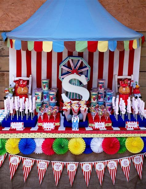 Carnival Theme Decorations by 25 Best Ideas About Big Top On Circus