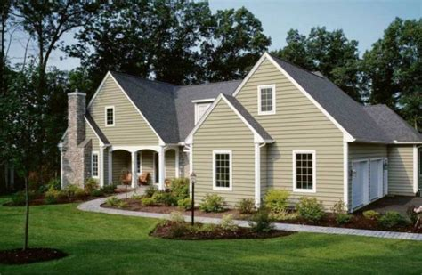 average cost to side a house with vinyl siding 7 best house siding options from budget friendly to high end