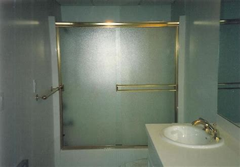Obscure Glass Shower Door Www Imgkid Com The Image Kid Obscure Shower Door