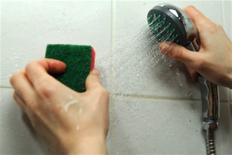 easy steps to clean the bath and shower anyclean