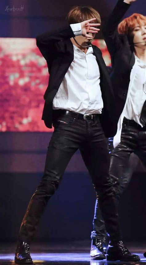 jungkook thighs give  life  imagens jeon jungkook