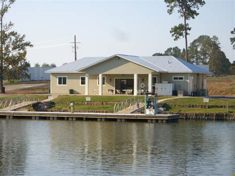 Cabins On Lake Conroe by Lake Conroe Cabin Rentals Live Lake Conroe Cabins For