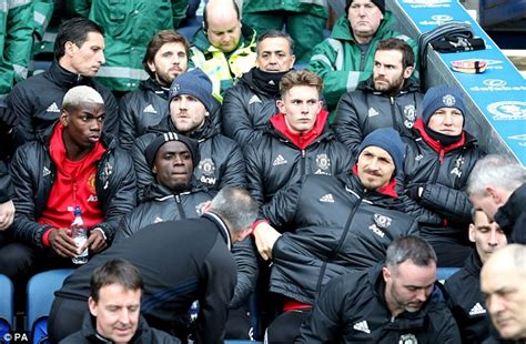 man utd bench man united name 163 192m bench against blackburn rovers
