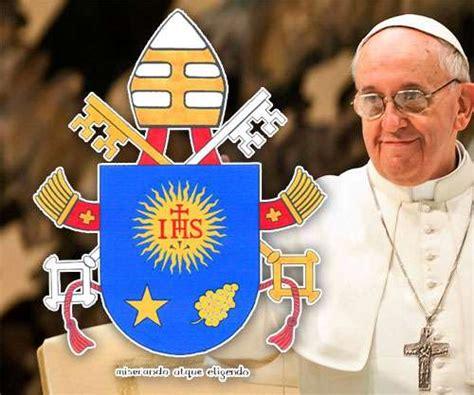 la santa sede il santo padre francesco vaticano presenta escudo y lema papa francisco