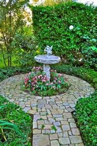 Garden Focal Point Ideas 25 Best Ideas About Traditional Landscape On Pinterest Garden Design Arbor Gate And