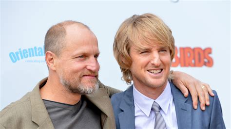 woody harrelson looks like owen wilson what s woody harrelson s live film lost in london about