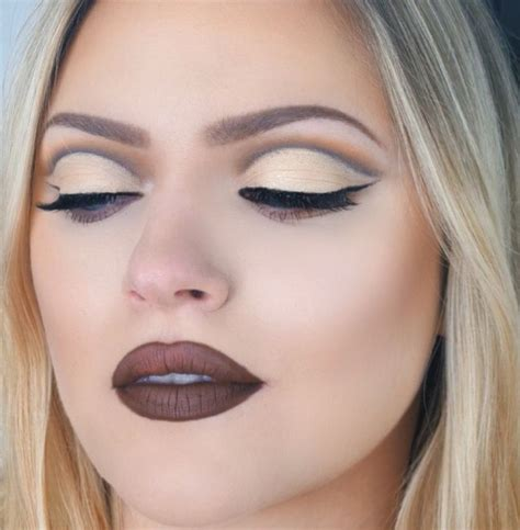 Eyeshadow Hooded cut crease for hooded uneven makeup cut crease eye and makeup