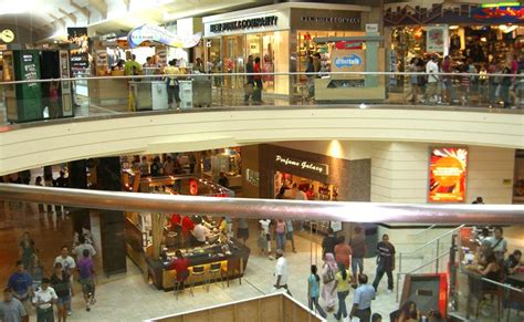 Garden State Plaza Wiki Racial Profiling By Retailers Creates Unwelcome Climate