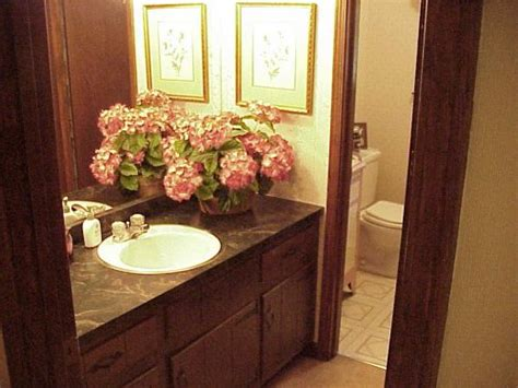 guest bathroom decor ideas 5 tips to make your guest bathroom inviting for friends