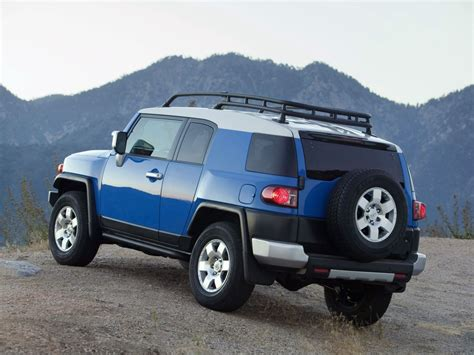 fj cruiser car toyota ft 4x concept could preview fj cruiser successor
