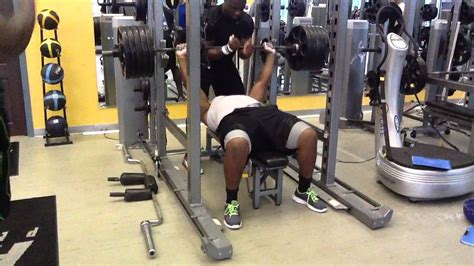 haloti ngata bench press brandon williams of mssu baltimore ravens bench pressing