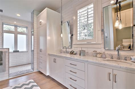 Modern Farmhouse Bathroom Modern Farmhouse Farmhouse Bathroom By Redbud Custom Homes