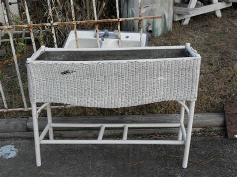 Wicker Planter Stand by Vintage White Wicker Planter Stand With Metal Insert Ebay
