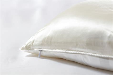 Climarelle Duvet Mulberry Silk Duvets Amp Pillows The Duvet Store