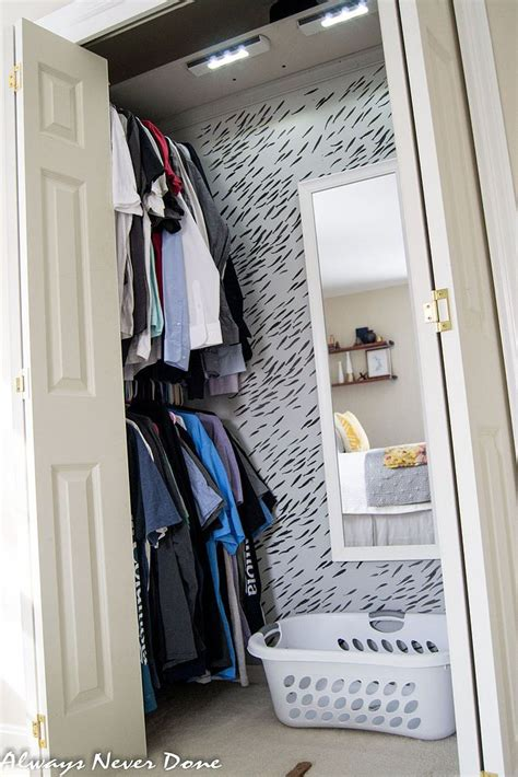 Closet Maker Best 25 Small Closet Makeovers Ideas On Small