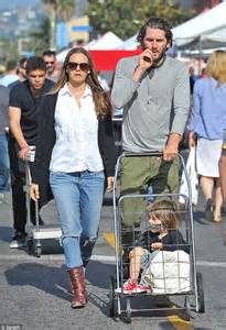 alicia silverstone family alicia silverstone opts for laid back ensemble for family