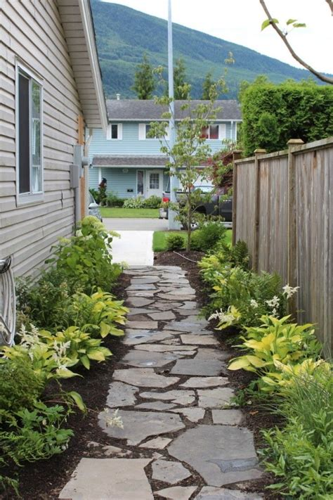 landscaping ideas for side of house best 25 side yard landscaping ideas on pinterest simple landscaping ideas front