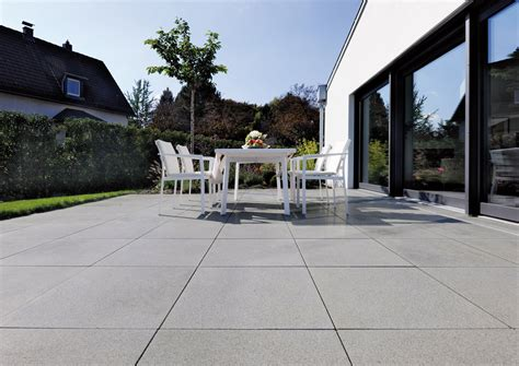moderne terrassenfliesen terrassenplatten f 252 r die exklusive gartengestaltung