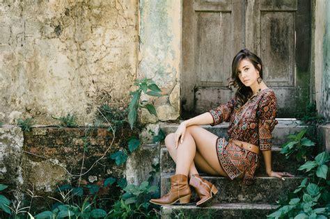 young girls latest gaun hollywood model girl beautiful hd wallpaper stylish hd w