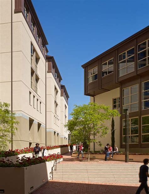 Ucla Housing by 17 Best Images About Ucla On Cus Map