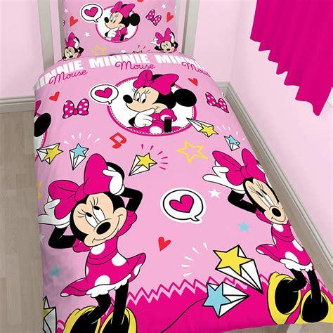lit de minnie parure de lit minnie mouse linge de lit kiabi 23 00