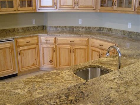 Granite Countertops With Light Cabinets by Light Cabinets W Granite Countertops Decor