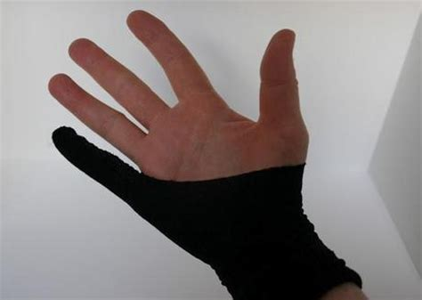 How To Make Paper Gloves - learn how to make an drawing glove paperblog