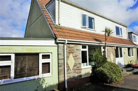 5 bedroom houses for sale 5 bedroom detached house for sale in trecarne view st