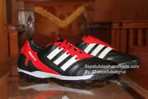 Sepatu Pria Nike Futsal Hipervenom High Made In Black White katalog sepatu kulit ud maju sehat sejahtera