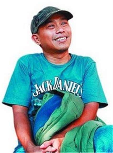 Dilan 1990 By Teladan Book Store pidi baiq author of dilan dia adalah dilanku tahun 1990