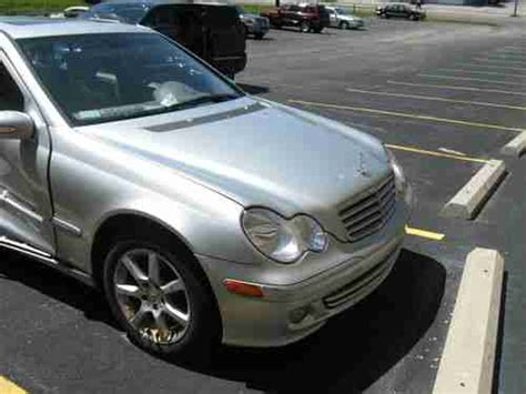 sell used 2005 mercedes c240 4matic wagon 4 door 2 6l