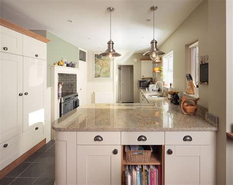 Shaker Kitchen With Granite Worktops by Solid Wood Kitchen Cabinets Image Gallery