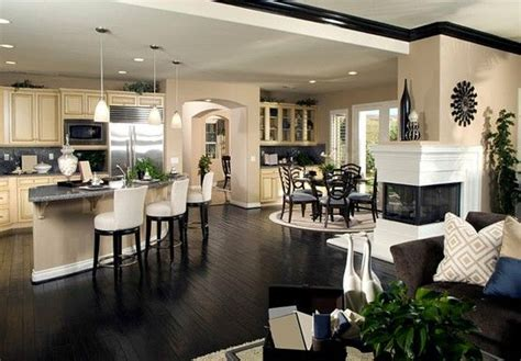 Very Open Floor Plans by Beautiful Open Floor Plan I Like That The Crown Molding