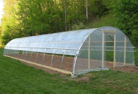 hoop houses 15 free greenhouse plans diy