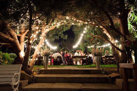 forget traditional and give unique wedding venues a