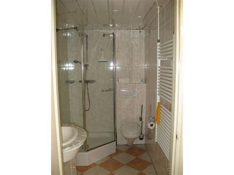 toilette mit dusche und fön ferienwohnung duinplateau nordholland nordseek 252 ste