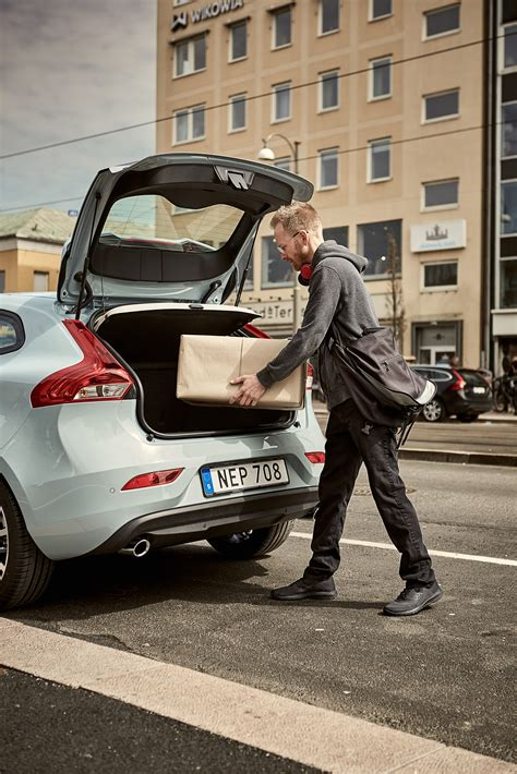volvo sweden address volvo wants to turn your car s trunk into a delivery