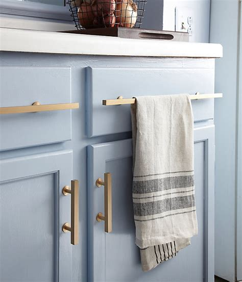 Best Way To Paint Cabinet Doors What S The Best Way To Clean Painted Kitchen Cabinet Doors Questions The Kitchn
