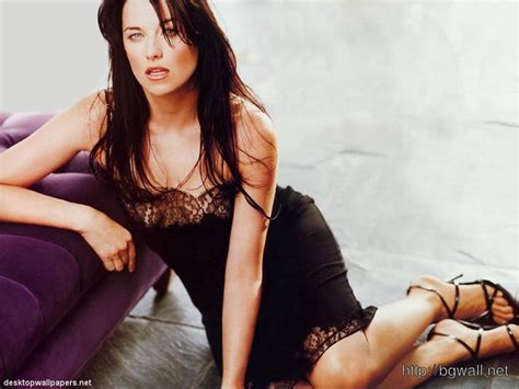 lucy photo lucy lawless jason girls lucy lawless forums background