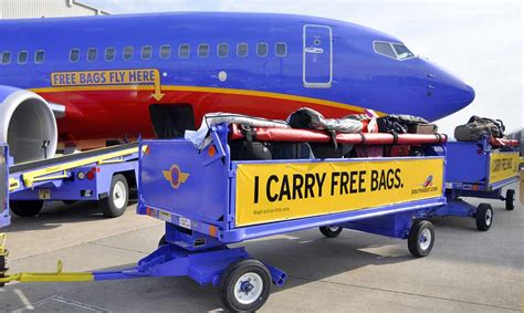 southwest airlines baggage policy union advertisement slams southwest airlines and asks