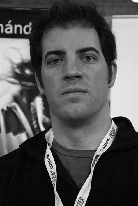 Entrevista a Leandro Fernández, artista argentino • Cuarto