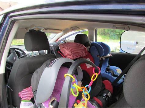 Auto Kindersitz 3 J Hrige by Kindersicherheit Im Auto Kinder Sicher Unterwegs E V