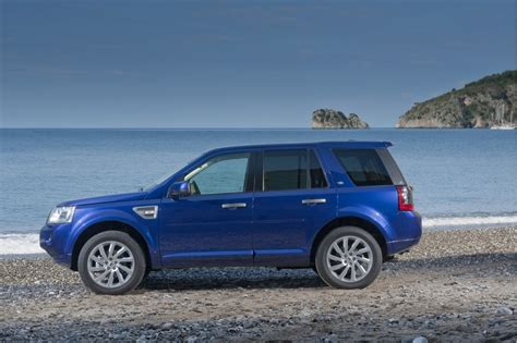 electric and cars manual 2011 land rover lr2 parking system 2011 land rover lr2 details revealed
