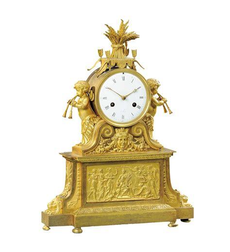 orologi da tavolo francesi orologio da tavolo in bronzo dorato e finemente cesellato