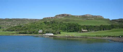 2 Island Kitchen The Small Isles Rum Eigg Muck And Canna The Internet