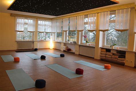 beleuchtung yogaraum bildergalerie yogastudio in hameln emmerthal
